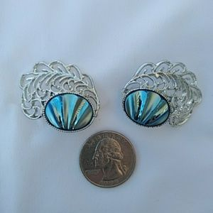 Sarah Coventry vintage earrings